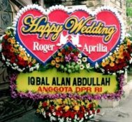 Bunga ucapan happy weding