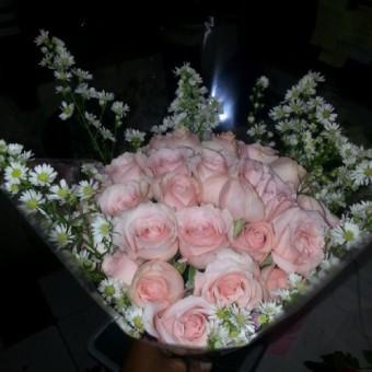Bunga Mawar Ulang Tahun