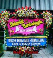 bunga papan wedding bandung